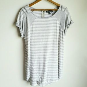 Striped tee by signature studio